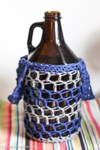 blue and gray growler bag